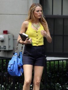 blake_lively_gossip_girl_set_b